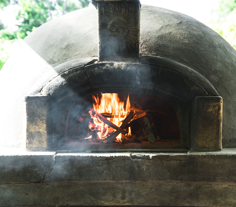 Charlies wood-fired pizza Matakana